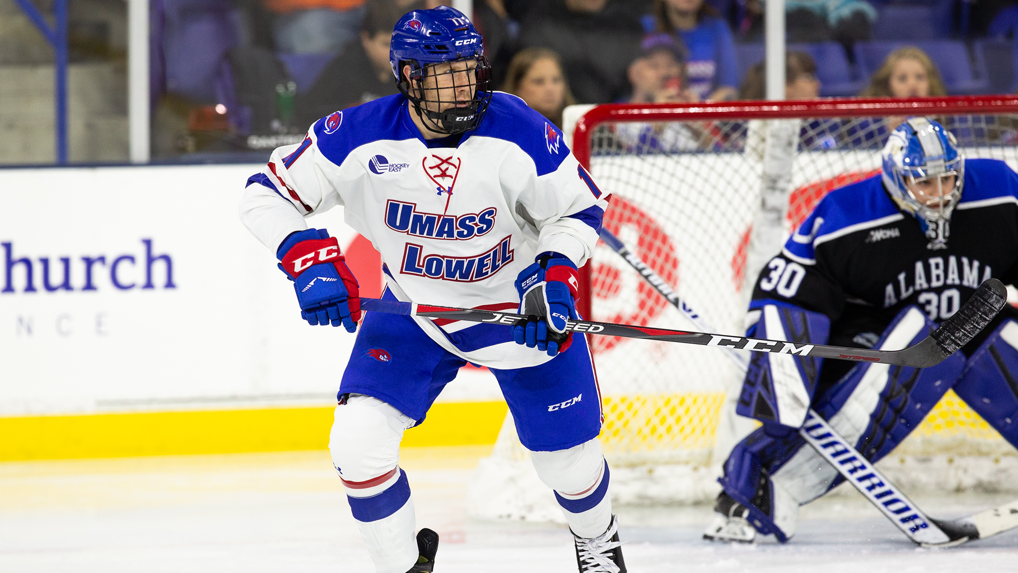 No. 12 River Hawks drop series finale to UConn, 2-1